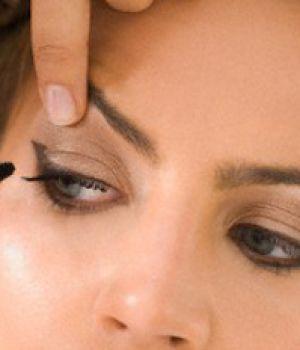 Техника макияжа при дальнозоркости